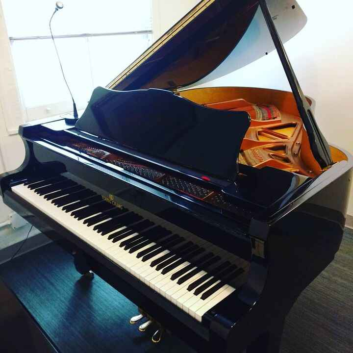 Learn piano today! Give us a call to find out how to get a free lesson!#piano #grandpiano #music #pianolessons #manhatta...