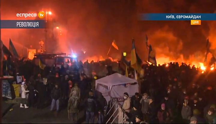 Kiev is burning. Follow the protests in Ukraine's capital live with us through livestream and Twitter: http://bit.ly/1oO...