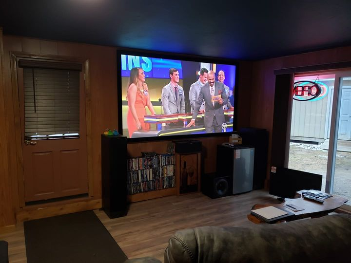 Klipsch Home Theater System with Optoma laser projector. 4K clear picture!
