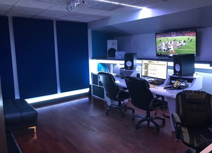 Looking for an intimate private place to record during Super Bowl weekend in Atlanta?? We are conveniently located near ...