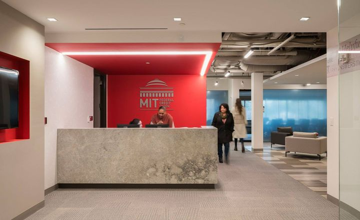 Innovators in workplace strategy Dyer Brown integrated architecture, finishes and technology to emphasize the connection...