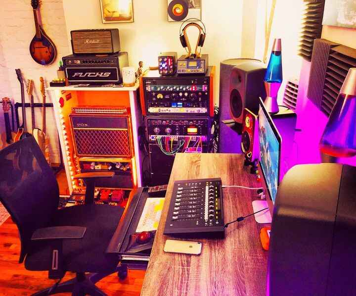 Busy day in between mixes at the cave! Love listening to a track for the first time before putting my hands on it. Keep ...