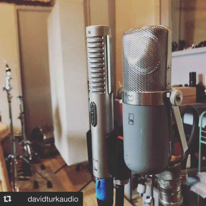 #Repost @davidturkaudio with @get_repost・・・Funky pairing for a funky instrument. Recorded a saw and piano duet today.......